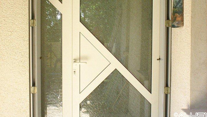 Porte d'entrée réalisée à Lux