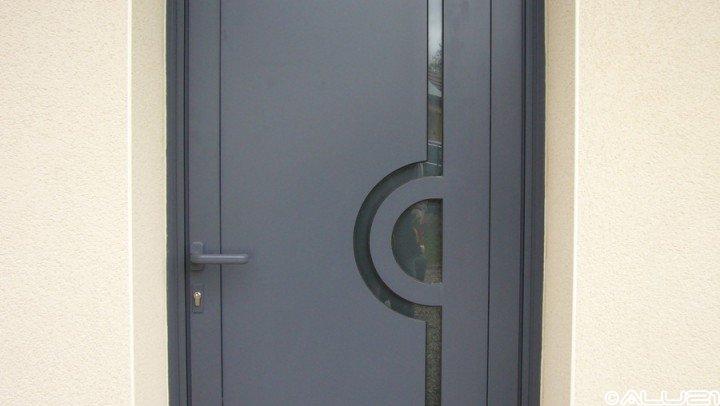 Porte d'entrée réalisée à Dijon